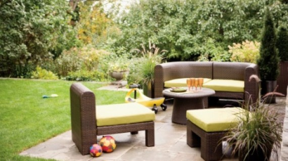 איך להפוך את החצר שלכם לגן של ממש